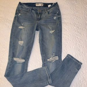 Garage Premium  size 7-high-rise distressed jeans